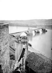 Chapelle et pont Saint-Bénézet - Pont pris des remparts