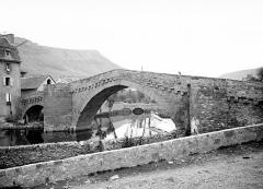 Pont Notre-Dame - Vue d'ensemble