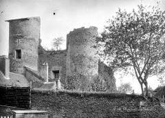 Vestiges de fortifications de ville - Vue d'ensemble