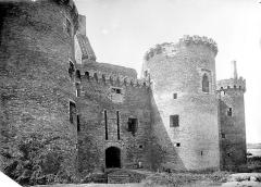 Ruines du château de Suscinio - Châtelet d'entrée