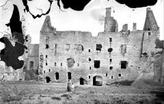 Ruines du château de Suscinio - Façade sur cour