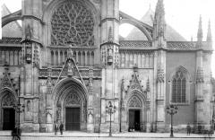 Eglise Saint-Eloi - Façade ouest : Partie inférieure