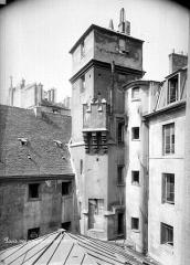 Hôtel de Sens - Tour : Partie supérieure
