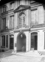 Hôtel de Montmor ou de Montholon - Façade sur cour