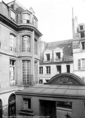 Hôtel de Montmor ou de Montholon - Tourelle d'angle