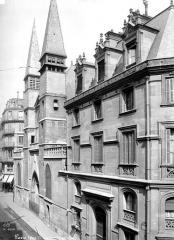 Eglise Saint-Leu-Saint-Gilles - Façade ouest en perspective