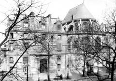 Eglise Saint-Leu-Saint-Gilles - Ensemble est : Presbytère et abside