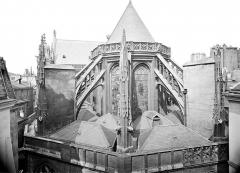 Eglise Saint-Merri - Ensemble est : Partie supérieure de l'abside et toitures