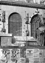 Eglise Saint-Nicolas-des-Champs - Façade sud : Détail d'une travée