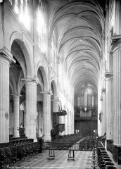 Eglise Saint-Nicolas-des-Champs - Vue intérieure de la nef vers le sud-ouest