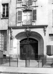 Maison dite de Jacques Coeur - Façade sur rue : Porte