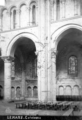 Cathédrale Saint-Julien - Vue intérieure de la nef, côté nord : Grandes arcades