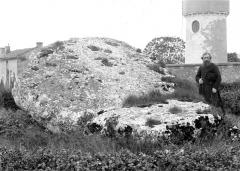 Dolmen dit La Pierre-Levée - Dessus de la piere