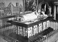 Ancienne chartreuse de Champmol, actuellement centre psychothérapique de Dijon - Tombeau de Philippe le Hardi, duc de Bourgogne mort en 1404