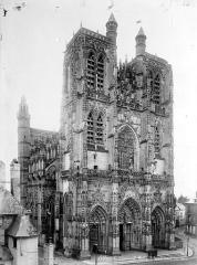 Eglise Saint-Vulfran ou ancienne collégiale - Ensemble nord-ouest
