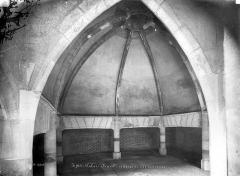 Palais des Ducs et des Etats de Bourgogne - Vue intérieure des cuisines