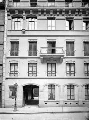 Maison construite par Viollet-le-Duc - Façade sur rue