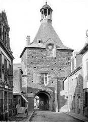 Remparts - Porte de Ville dite porte Saint-Nicolas : Façade intra-muros