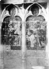 Cathédrale Notre-Dame - Peinture murale d'une chapelle : Annonciation. Chanoine priant présenté par saint Jean-Baptiste