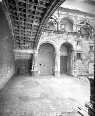 Hôtel Bernuy - Cour intérieure : Arcades