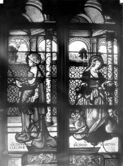 Eglise Saint-Martin - Vitrail, baie 2 (détail) : Sainte Marie-Cleophe et sainte Marthe