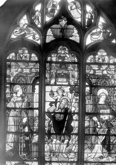 Eglise Saint-Martin - Vitrail, baie 3 (ensemble) : François de Dieuteville, évêque d'Auxerre. Saint Christophe dans le torrent. Saint Etienne.