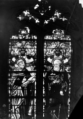 Eglise Saint-Martin - Vitrail, baie 7 (partie supérieure) : Moine. Saint Antoine