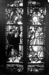 Eglise Saint-Martin - Vitrail, baie 8 (partie inférieure) : Jésus et la Vierge Marie