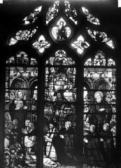 Eglise Saint-Martin - Vitrail, baie 12 (ensemble) : Guillaume Gouffier, seigneur de Bonnivet, accompagné de ses fils (Artus, Guillaume, Adrien, Louis, Pierre et Aymar)