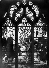 Eglise Saint-Martin - Vitrail, baie 13 (ensemble) : Baptême du Christ. Odet de Coligny, cardinal de Chatillon, fils de Louise de Montmorency et son saint patron