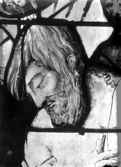 Eglise Saint-Martin - Vitrail, baie 13 (détail) : Tête du Christ