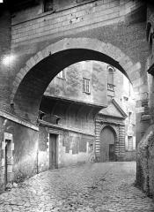 Logis Barrault - Entrée sur la rue