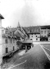 Ancienne abbaye royale de Fontevraud, actuellement centre culturel de l'Ouest - Prieuré Saint-Benoît : Ensemble est