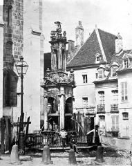 Fontaine Saint-Lazare -