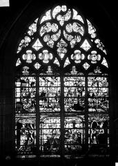 Eglise Notre-Dame-en-Vaux et son cloître - Verrière