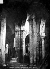Eglise - Pilier de la nef, bas-côté nord