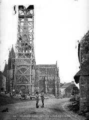 Eglise ou chapelle Notre-Dame - Façade ouest, pendant restauration