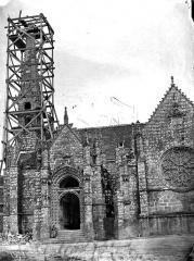 Eglise ou chapelle Notre-Dame - Façade sud, porche près du clocher