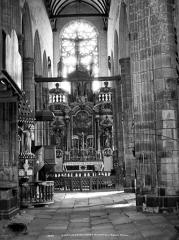 Eglise Saint-Jean-Baptiste - Intérieur du choeur