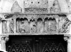 Ancienne abbaye Saint-Taurin - Linteau