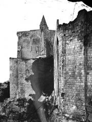Château et son enceinte - Vieux Château : Restes de l'ancienne chapelle