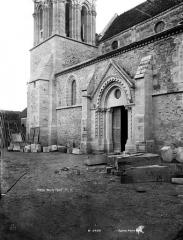Eglise Saint-Etienne et ses abords - Portail nord