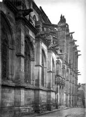 Eglise Saint-Pierre - Façade, partie