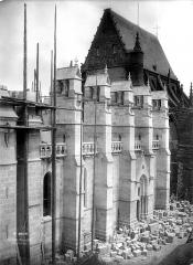 Cathédrale Notre-Dame - Contrefort sud
