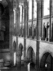 Cathédrale Notre-Dame - Triforium, partie