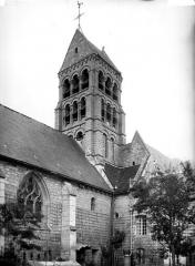 Eglise Saint-Marie-et-Sainte-Brigitte de Nogent-les-Vierges - Clocher