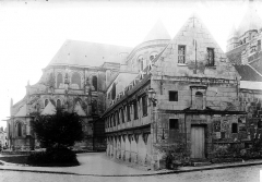 Ancienne cathédrale (église Notre-Dame) et ses annexes - Abside bibliothèque