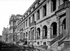 Palais du Louvre et jardin des Tuileries - Ruines