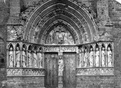 Eglise Saint-Eliphe - Portail ouest