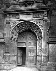 Eglise Saint-Florentin - Portail